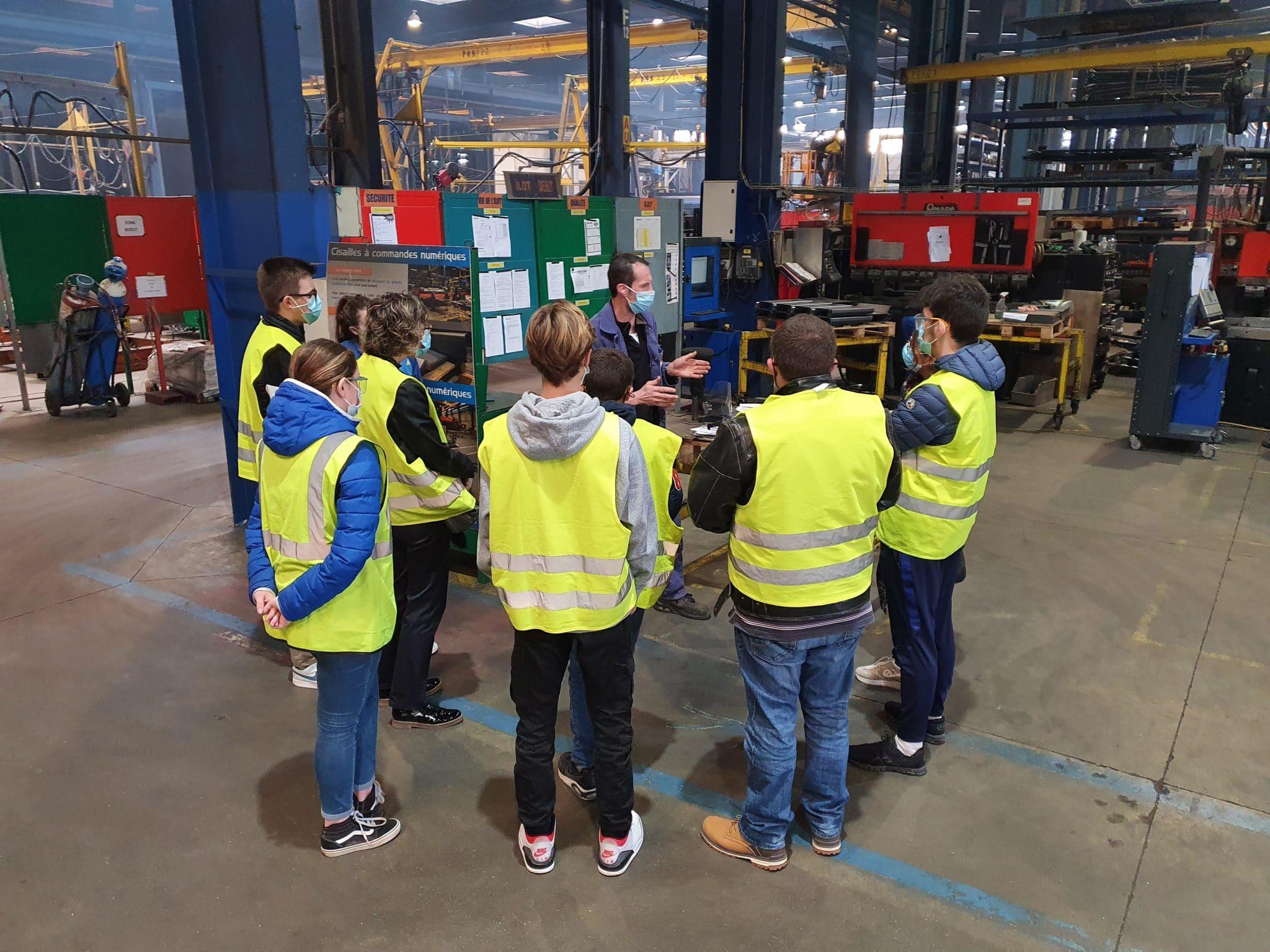Visite d'usine pour les enfants de salariés Rolland